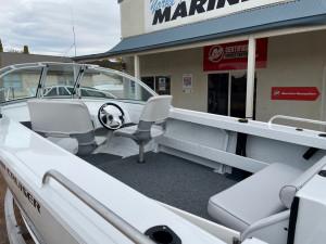 455 Bay Cruiser