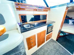 1993 / 2020 Riviera 27 Flybridge