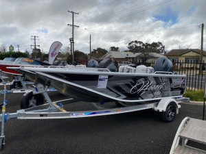 Quintrex F450 Hornet with Yamaha 75hp