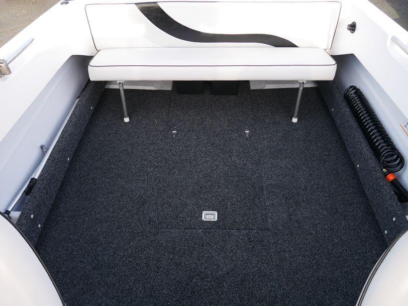 Revival 525 Offshore - Cuddy Cabin