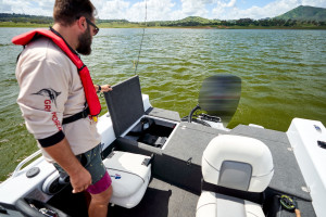 QUINTREX 450 HORNET WITH F60HP YAMAHA FOURSTROKE FOR SALE