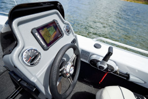 QUINTREX 450 HORNET PRO WITH F60HP YAMAHA FOURSTROKE FOR SALE