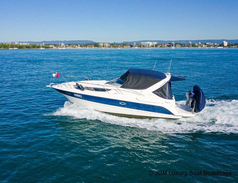 2004 Baylinner 305 Sports Cruiser