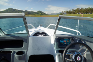 Quintrex 520 Fishabout  fitted with a F115HP EFI 4 stroke Pack 4