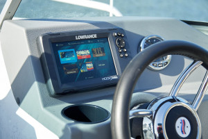 Quintrex 520 Fishabout  fitted with a F 90 EFI 4 stroke Pack 2