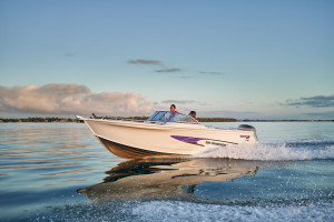 Quintrex 590 Cruiseabout Comfort Pack with Yamaha F150HP 4-Stroke