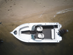 Quintrex 590 Cruiseabout Captain's Pack with Yamaha F150HP 4-Stroke