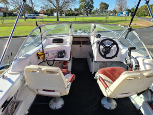 450 Savage runabout, 60hp Mercury 2019 20hrs & trailer