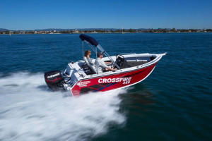 Stacer 481 Crossfire Centre Console 2022 Model