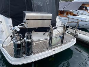 2007 Monterey 330 Sports Yacht