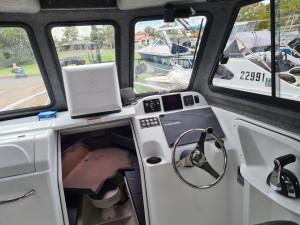 750HT Northbank, 350hp Mercury four stroke & Easy tow trailer