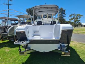 600 Cuddy, 200hp Mercury 4 stroke and Trailer