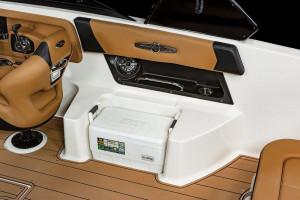 Chaparral 28 SURF Bowrider 2022 Model