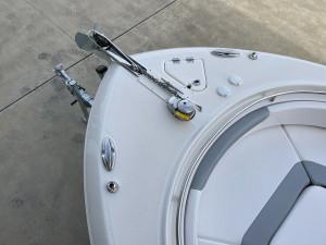 Robalo R242 Centre Console 2021 Model