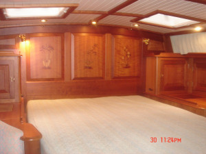 Hinckley Sou' Wester 70 Centre Cockpit Pilothouse Ketch