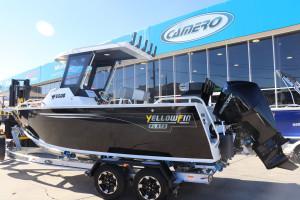 Yellowfin 6500 Centre Cabin