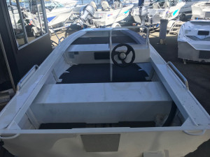 NEW IN STOCK QUINTREX 390 EXPLORER SIDE CONSOLE WITH YAMAHA 25HP EFI FOURSTROKE FOR SALE