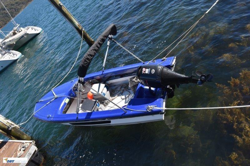 Caribean 18ft ski boat