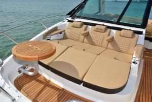 Sea Ray Sundancer 320 Coupe