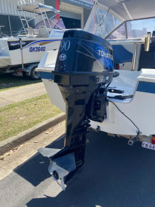 USED 1991 COXCRAFT RUM RUNNER HALF CABIN WITH 2006 TOHATSU 90HP TDLI (150HRS approx)