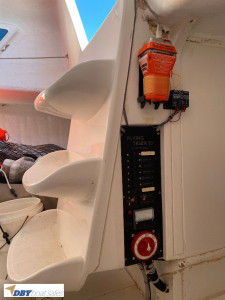 Flying Tiger 10 racing yacht