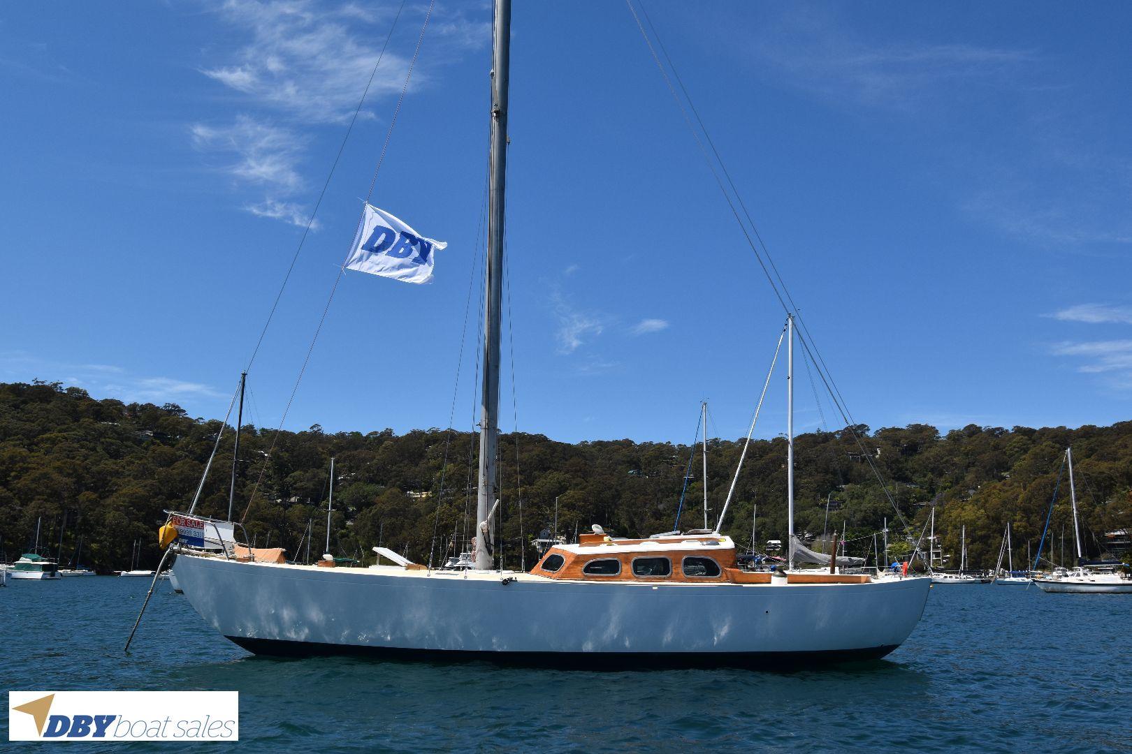Halvorsen 36ft Yacht