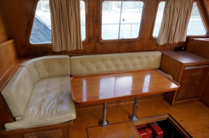 Mariner 39ft aft cabin flybridge cruiser