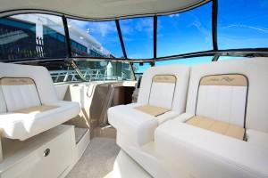 Sea Ray 375 Sport Express Cruiser