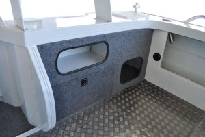 Quintrex 690 Trident Plate Boat